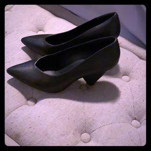 Rebecca minkoff wedge pumps size 8 black